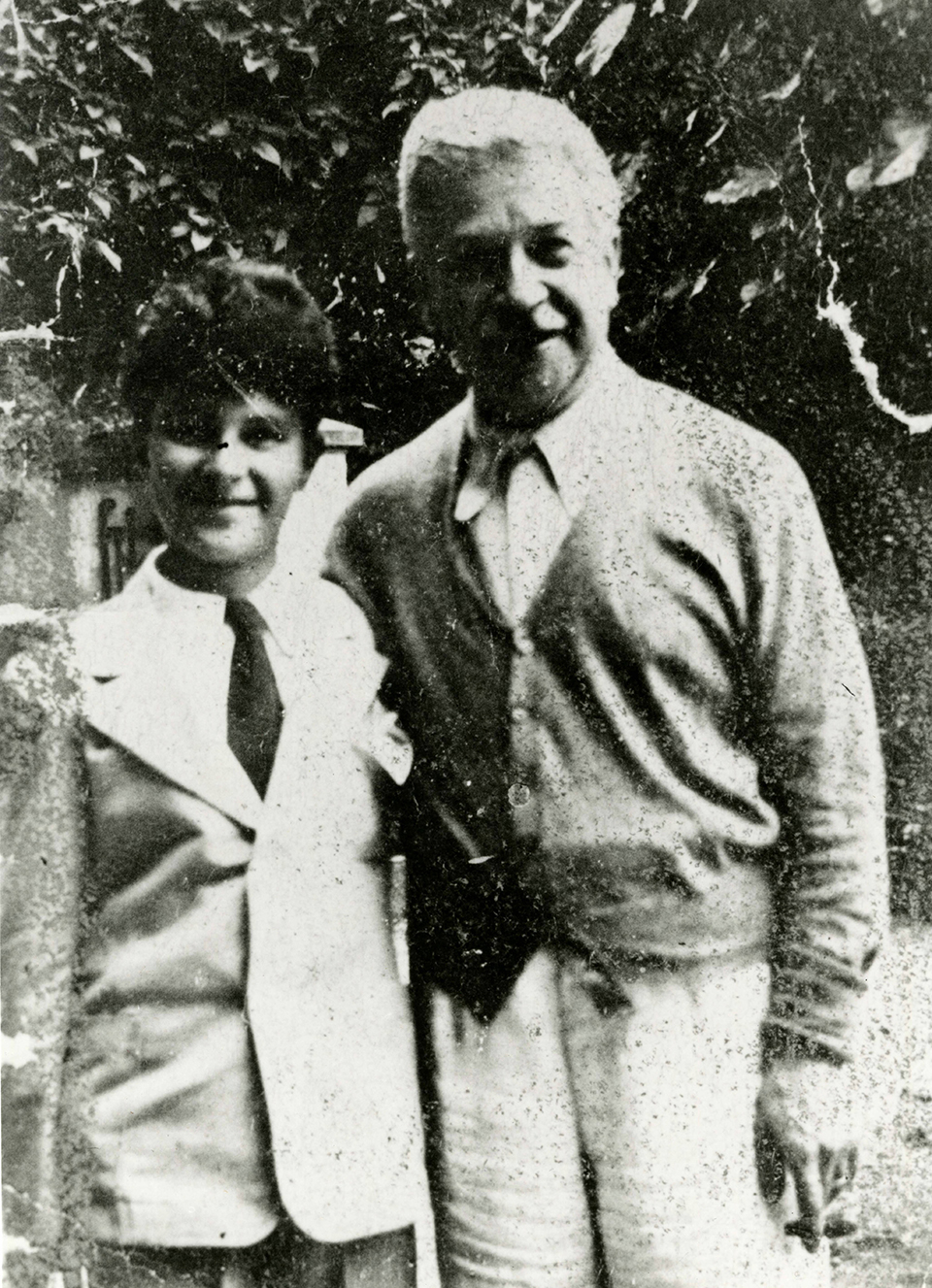 Leon Fleisher as a boy with his teacher, Artur Schnabel, at Schnabel's home on Lake Como in the late 1930s. (The Arthur Friedheim Library at the Peabody Institute of the Johns Hopkins University.)